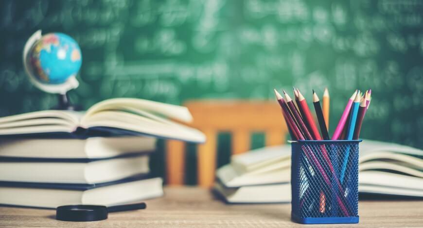 Curso grátis de Educação e Contemporaneidade