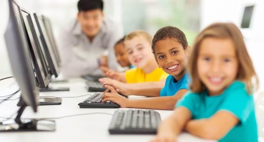 Curso grátis de Informática Aplicada a Educação