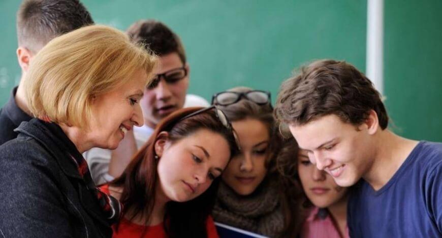 Curso grátis de Introdução à Supervisão e Orientação Pedagógica