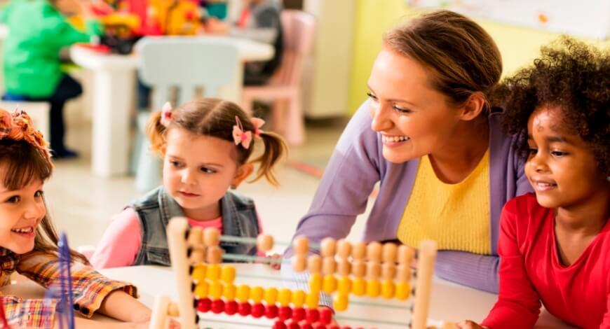 Curso grátis de Pedagogia do Cotidiano na Educação Infantil